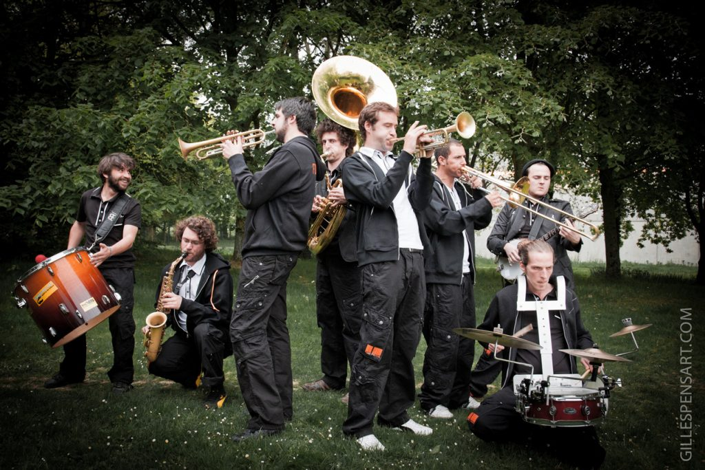 groupe de musique Les Fonkfarons © D.R.